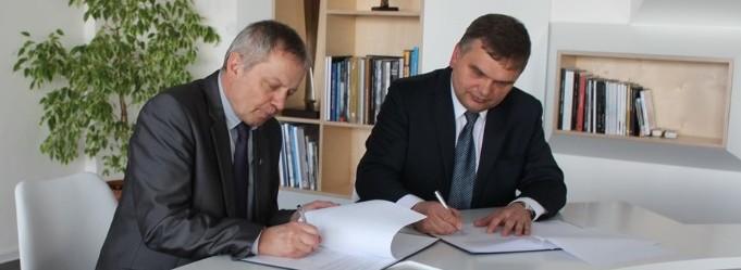 Univerzita podepsala smlouvu o spolupráci se Škodou Transportation