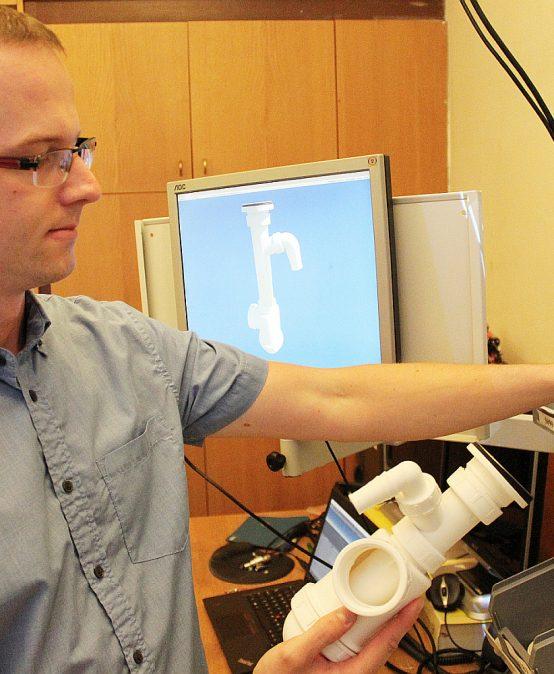 Virtuální návodky odborníků z Fakulty strojní pomůžou efektivně školit nové zaměstnance
