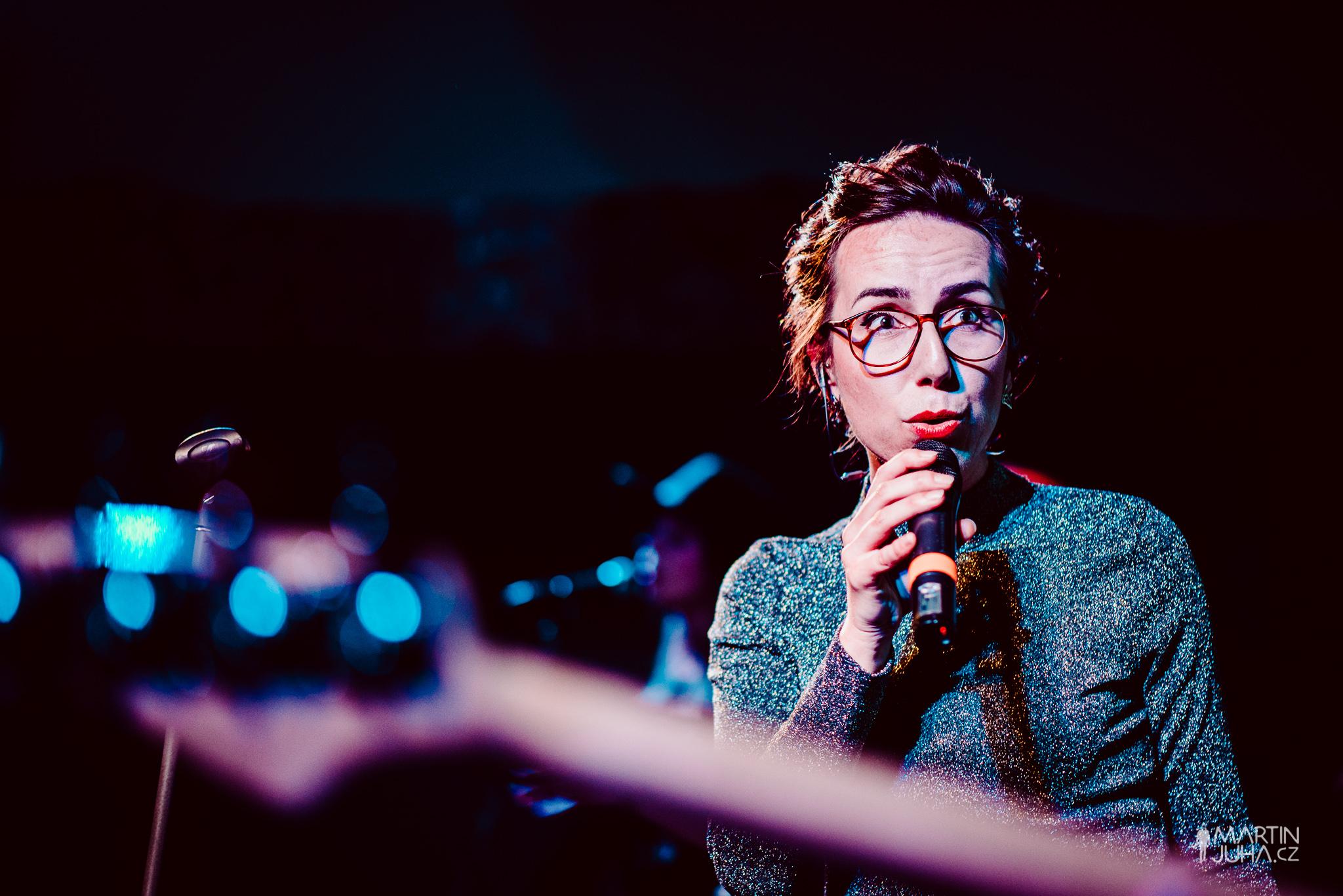 Úspěšná jazzová zpěvačka a absolventka ZČU Mirka Novak vystoupí v Domě hudby před kolegyní Audrey Martells