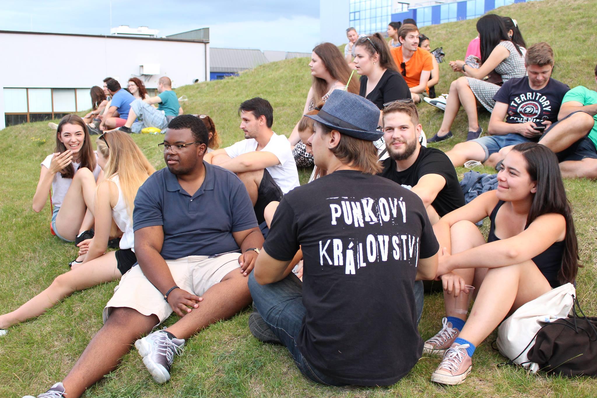 Univerzita otevře o prázdninách devět letních škol