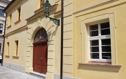Univerzita opravila památkově chráněnou budovu Fakulty filozofické