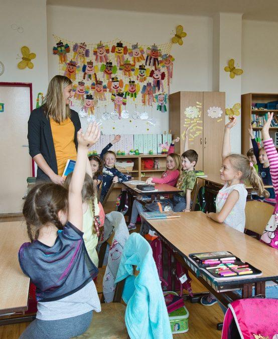 Absolventi Fakulty pedagogické nastupují do škol ve větší míře než dříve